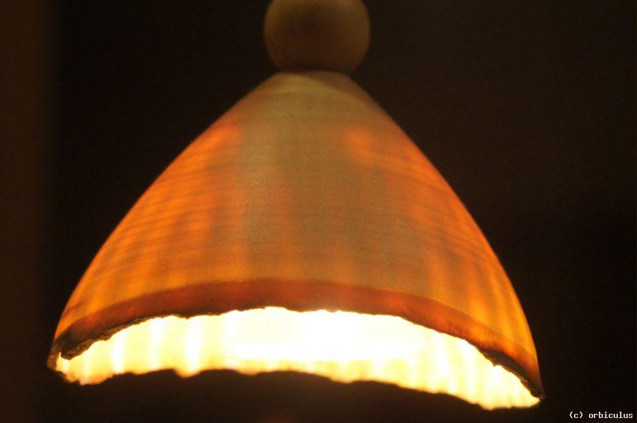 Lampenschirm aus Holz von orbiculus at artists24.net - Künstler ...